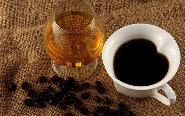 Кофе и спиртные напитки