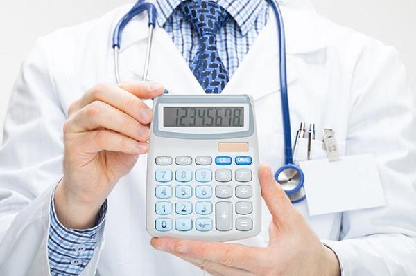 врач и калькулятор