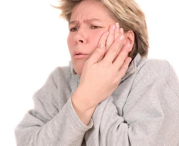 боль в лице